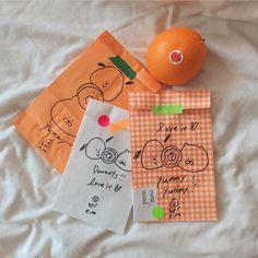 Orange Aesthetic, Korean Aesthetic, Aesthetic Images, Coral Color, Pastel Colors, Colours, Jaune Orange, Orange House, Shy Girls