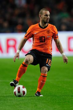 Wesley Sneijder, Netherlands.  Orange REALLY is the new black!