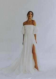 Unique Bridal Gowns and Wedding Dresses — Leanne Marshall Ethereal Wedding Dress, Luxury Wedding Dress, Modest Wedding, Bridal Gowns, Wedding Gowns, Leanne Marshall, Naeem Khan, Inspiration Mode, Silk Organza