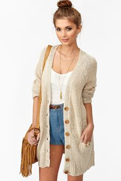 love the look of a long cardi hitting below a pair of high waisted shorts. great for transitioning from summer to fall