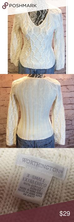 🆑CLEARANCE🆑 WORTHINGTON CREAM V-NECK SWEATER Pretty sweater in gently used condition Worthington Sweaters V-Necks