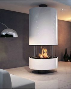フードタイプ暖炉「イレーナ センターモデル ガラス付き」