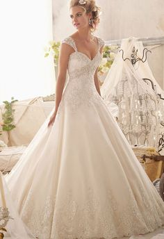 Exquisite Long Wedding Dress With Detachable Cap Sleeves - Embroided with appliques, This exquisite long wedding dress has special design of detachable cap sleeves allowing it to be wore in two ways.