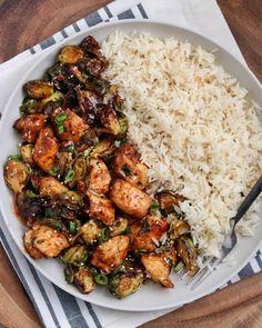 Air Fryer Dinner Recipes, Air Fryer Recipes Easy, Air Fryer Recipes Chicken Breast, Sin Gluten, Sweet Chili Chicken, Baked Chicken, Boneless Chicken, Air Fry Chicken, Chicken Gravy