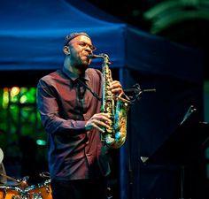 Kenny Garrett (2) Kenny Garrett, Cool Jazz, All That Jazz, Jazz Blues, Music People, Saxophone, Portraits, Contemporary, Photos