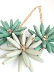 Embellished Daisy - Leaf   The Pink Studs Online Jewelry Boutique