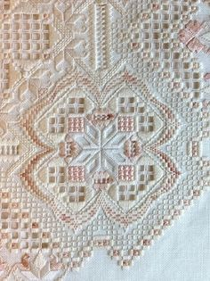 Ivory Blush - Hardanger with a bit of bargello worked in. Embroidery Designs, Hardanger Embroidery, Types Of Embroidery, Learn Embroidery, Embroidery Art, Cross Stitch Embroidery, Cross Stitches, Broderie Bargello, Drawn Thread