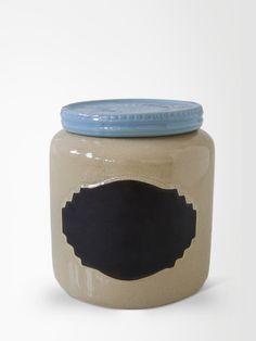 http://www.collector55.com.br/pote-de-ceramica-anelize-azul-g/p