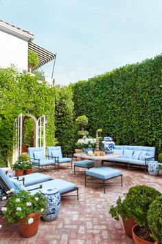Interior designer and Blogger Mark D. Sikes brings a sense of ease to his renovated Hollywood Hills home.