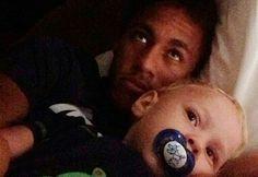 Neymar jr et son fils Neymar Jr, Daddy And Son, To My Future Husband, Good Soccer Players, Football Players, Fc Barcelona, 22 Years Old, Jay Park, Brazil