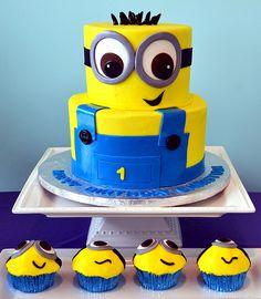 Minion Cake and Cupcakes