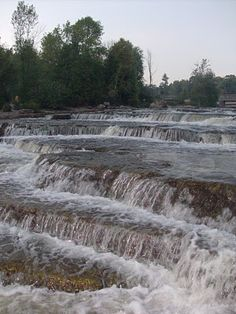 Sauble Falls Provincial Park   site 100 electric, on the water good quality and privacy