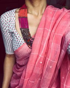 Many of us think that in order to find out passion, we have to look outside of ourselves. But I've learned that the secret, ironically, to… Indian Dresses, Indian Outfits, Saree Jewellery, Silver Jewellery, Jewelry, Simple Sarees, Indian Look, Saree Trends, Elegant Saree