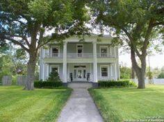 Gonzales, TX Historic Home
