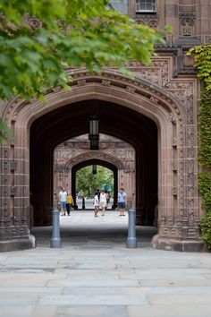 Princeton University - Carly the Prepster Ivy Schools, College Prepster, University Architecture, Princeton University, Old Money, Ivy League, 24 Years Old, Open Up, Nature Pictures