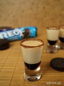 Shot Oreo Oreo, Bartender, Shots, Food And Drink, Pudding, Yummy Food, Drinks, Tableware, Sweet