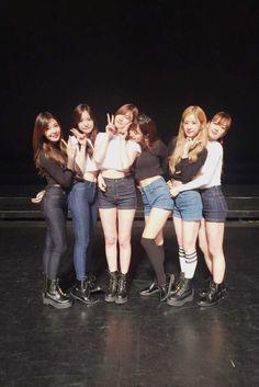 Apink - Chorong Kpop Girl Groups, Korean Girl Groups, Kpop Girls, K Pop, Ulzzang, Kpop Girl Bands, Pink Panda, Brave Girl, Brown Eyed Girls