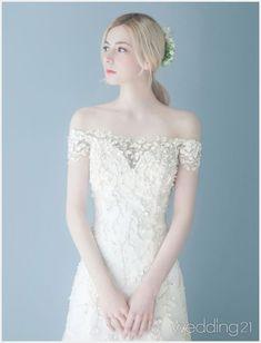 Wedding Makeup Tips Wedding Designs, Wedding Styles, Wedding Bride, Wedding Gowns, Bridal Dresses, Prom Dresses, Bride Hairstyles, Wedding Colors, Beautiful Dresses
