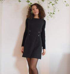 Sono felice di condividere l'ultimo arrivato nel mio negozio #etsy: abito Anna - abito stile russo - abito con bottoni - tubino morbido http://etsy.me/2nPscZl #abbigliamento #donna #vestiti #grigio #laurea #sanvalentino #nero #abitostilerusso #annakarenina