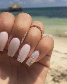 Nail art summer: 50 fresh ideas for a chic and original manicure # fash . - Nail art summer: 50 fresh ideas for a chic and original manicure # fashionaccessories - Sparkle Nail Designs, Manicure Nail Designs, Nail Manicure, Nail Art Designs, Manicure Ideas, Neutral Nail Designs, Classy Nail Designs, Pretty Nail Designs, Coffin Nail Designs