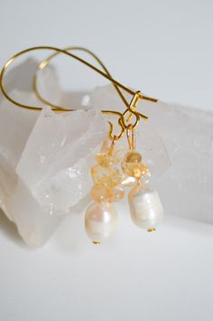 Natural Freshwater Pear Gold Plated Kidney Earrings by MariUniqueCrystals on Etsy https://www.etsy.com/listing/230159022/natural-freshwater-pear-gold-plated