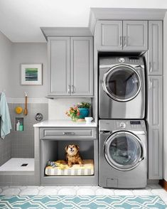 Great pet room ideas for dogs and cats. If you have the space for a dedicated pet bed, let these ideas help you make your home cozy and comfortable for your furry friends | Apartment Therapy