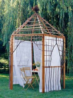 Garden Projects using Sticks & Twigs Creative garden features you can DIY for free using twigs, sticks, and branches. Ideas include trellises and plant supports as well as garden artwork Gazebo, Diy Pergola, Pergola Kits, Pergola Ideas, Arbor Ideas, Rustic Pergola, Gate Ideas, Fence Ideas, Arbors Trellis
