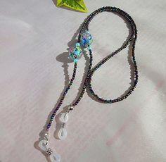 メタルマルチビーズにお花模様のガラス玉を入れてみました。とっても可愛いメガネストラップです。|ハンドメイド、手作り、手仕事品の通販・販売・購入ならCreema。