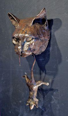 Escultura de bronce de aldaba de puerta de gato