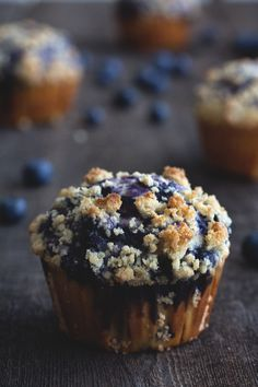Blueberry Swirl Muffins by honestlyyum #Muffins #Blueberry