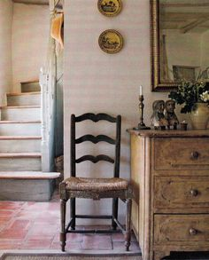 Antique Dealer Marston Luce's French Farmhouse. Southern Accents July August 2009