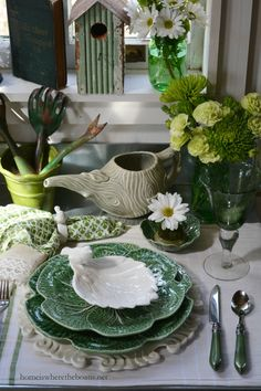 An Irish Blessing inspiration and St. Patrick's Day Table | Home is Where the Boat Is