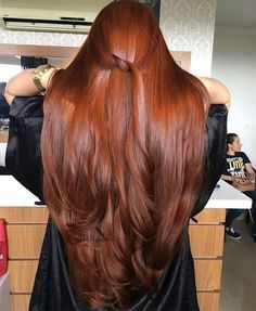 Fashionable hair color 2019 for long hair: The main directions and trends in the photo color directions fashionable photo trends longhairs 590464201129387602 Long Face Hairstyles, Straight Hairstyles, Red Hairstyles, Wedding Hairstyles, Beautiful Long Hair, Gorgeous Hair, Natural Red Hair, Henna Hair, Red Hair Color
