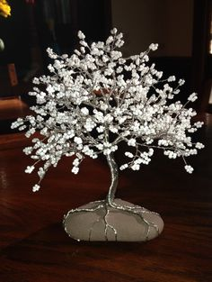 Wedding Tree of Life, Sweetheart table decoration, White wedding tree, Wedding Decoration, Customizable – Bonsai alambre - Wedding Table Sweetheart Table Decor, Copper Wire Art, Beaded Flowers Patterns, Wire Tree Sculpture, Wire Sculptures, Wire Trees, Wine Decor, Tree Wedding, Wedding Table