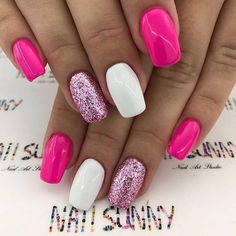 Fucsia glitter nails