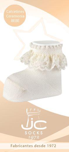 Calcetines bebé con puntilla. Calcetines ceremonia bebé. JC Castellà fabricantes calcetines  bebé Fashion, Socks, Hair Bows, Bebe, Moda, Fashion Styles, Fashion Illustrations