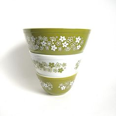 Vintage Pyrex Bowls Set of 3 Spring Blossom or Crazy Daisy in Avocado Green and White Mixing Kitchen Bowls (WB1)