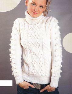 Пуловер с ирландскими узорами вязаный спицами