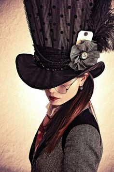 A great steampunk look for the Mad Hatter.