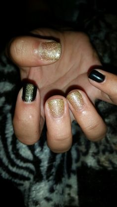 Black and gold gel polish