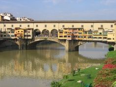 Ponte Vecchio in Florence. This used to be where you'd find all the jewelers in florence, and still is. Places Around The World, Oh The Places You'll Go, Around The Worlds, Florence Tuscany, Tuscany Italy, Italy Pictures, Beautiful Places To Visit, Italy Travel, Italy Trip