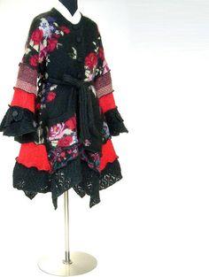Farb-und Stilberatung mit www.farben-reich.com - Sweater Coat Black with Red Rose Pattern Petunia by Brendaabdullah, $345.00