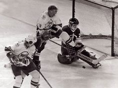 Wayne Gretzky and Gordie Howe played on the same line in 1978 when the WHA all stars played Moscow Dynamo