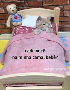 """Faz carinho na minha bunda, bb"". 100 Memes, Dankest Memes, Stupid Funny Memes, Funny Posts, Reaction Pictures, Funny Pictures, I Hate Love, Real Anime, Cute Love Memes"