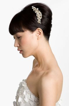 This would look amazing pinning Mom's veil with a half up hairstye Cara 'Vintage' Hair Comb available at #Nordstrom