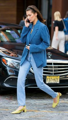 MORE PICTS You can also see more ideas about street style clothing , gq street style , korean street style , blake lively street style , jen. Bella Hadid Outfits, Bella Hadid Style, 80s Fashion, Denim Fashion, Fashion Outfits, Blue Fashion, Denim Look, Denim Jeans, 80s Jeans