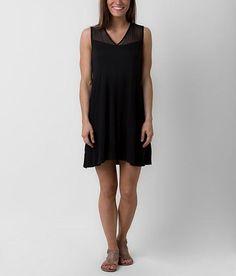 Olive+&+Oak+V-Neck+Dress