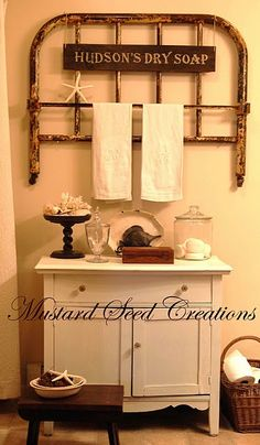 Towel bar, bed frame upcycle. Another GREAT idea for an old bed frame! Now if I could just get me hands on 2, or even 1.... Iron Headboard, Headboards, Brass Headboard, Brass Bed, Headboard Ideas, Mustard Seed, Iron Twin Bed, Quilt Racks, Vintage Crib
