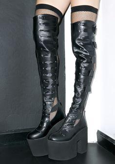 Y.R.U. Battle Platform Boots | Dolls Kill