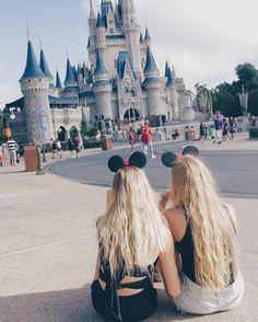 Life Goal: Disney World with my best friend. #disneyworld #disneyinahurricane #bestfriends #happiestplaceonearth